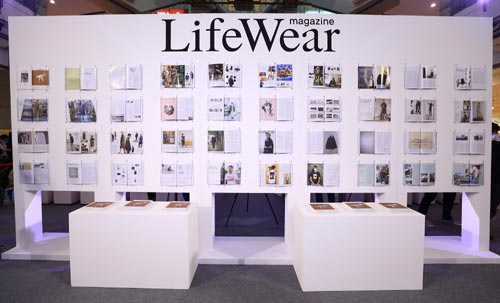 UNIQLO LifeWear Magazine ฉบับที่ 3 Our Tomorrow